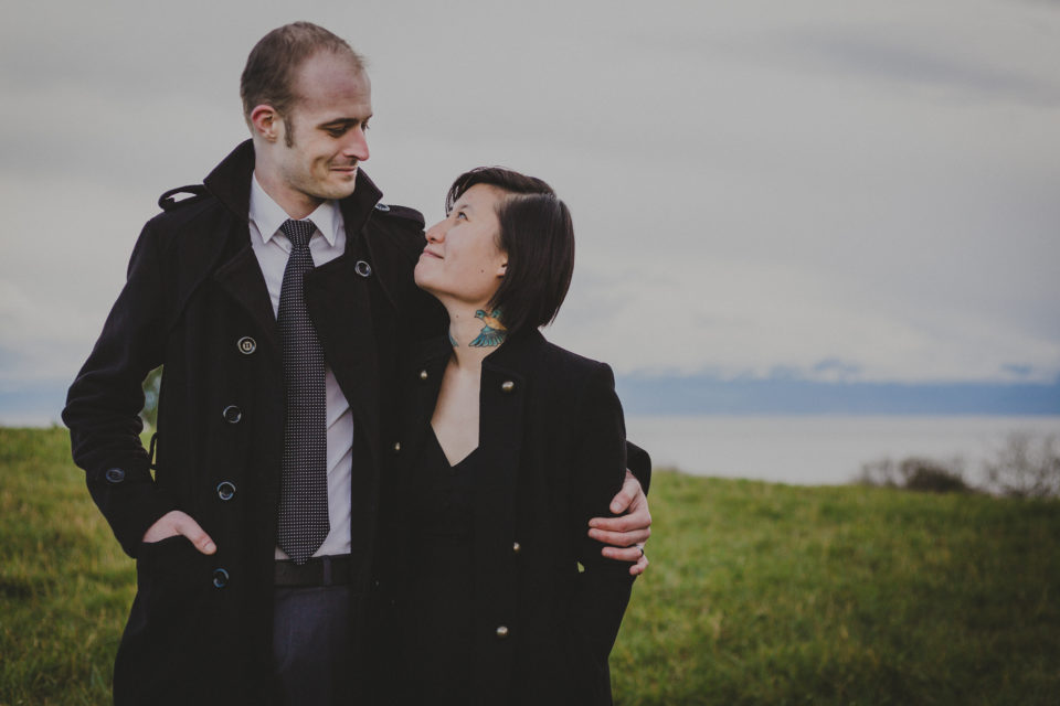 Artemis & Tim's Beacon Hill Park Engagement